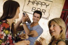 Как стать барменом? Инструменты и технологии