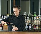 Кто в ресторанном деле главный: бармен или пьяный посетитель?